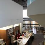 県立紀南図書館室内