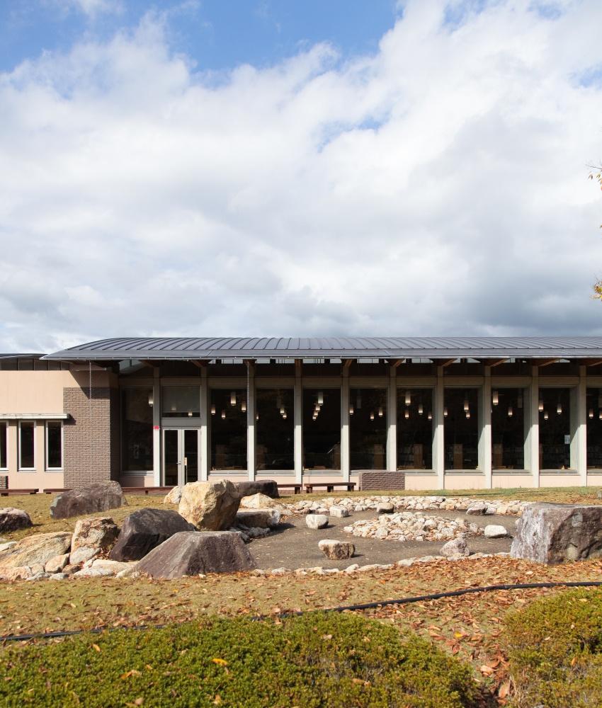 岩出市立岩出図書館 | 一般社団法人 和歌山県建築士会