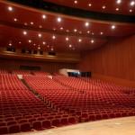 大ホール 舞台より