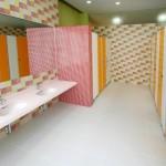 高学年女子トイレ